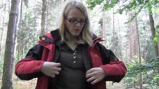 outdoor clothing to wear