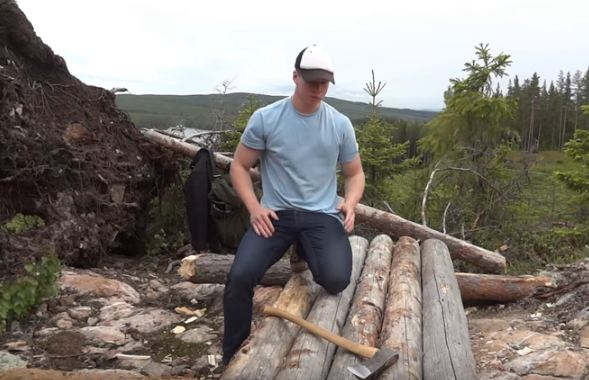 survival-log-shelter