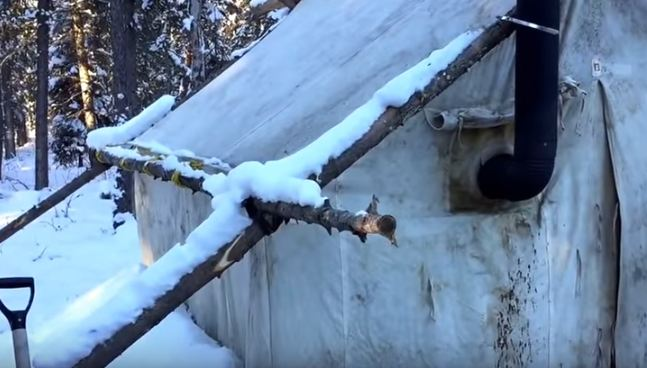canvas-tent-with-wood-stove & Video) Get a Glimpse into a Manu0027s Winter Canvas Tent With a Wood ...