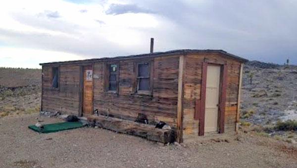 boxcar-cabin