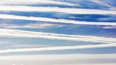 airplane lines in the air